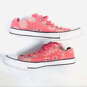 Converse Womens Low Top Sneakers 9 Bandana